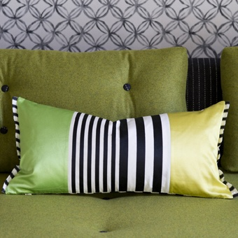 love the use of fabrics for this pillow