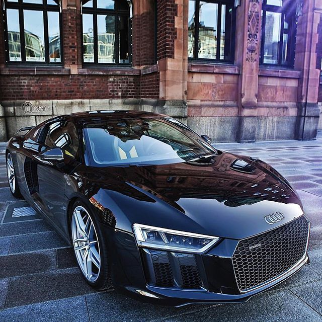 Mythos Black Metallic 2016 @Audi R8 V10 Plus 610hp, V10 5