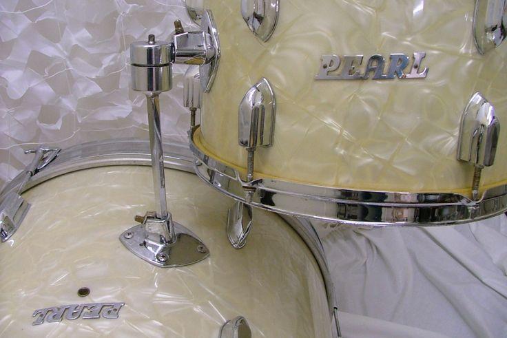 Pearl Drum Kit 1960's White Marine Pearl Drum