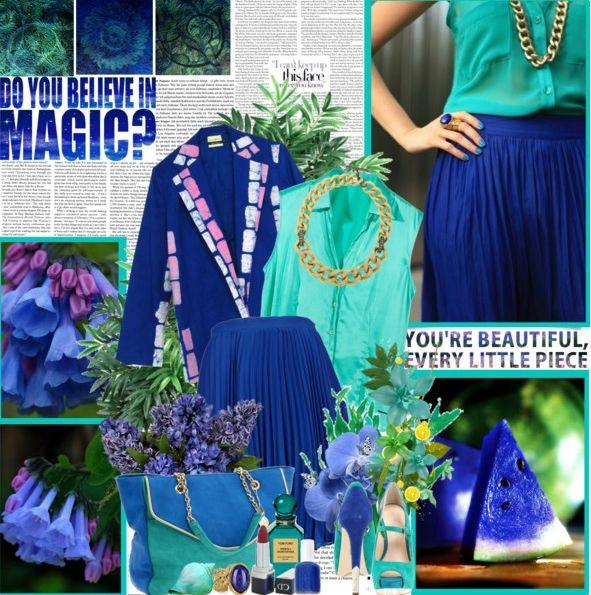 Бирюзовая блузка, синяя юбка, зеленые туфли