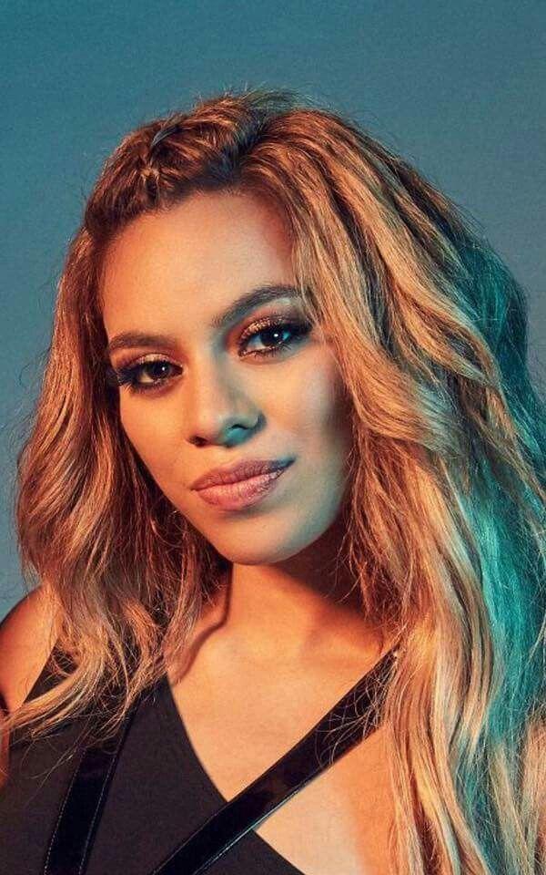 Dinah Jane...She reallly looks like Beyoncé
