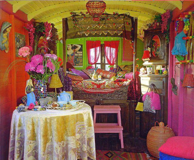 #bohemian.   A vardo (traditional #gypsy caravan) interior