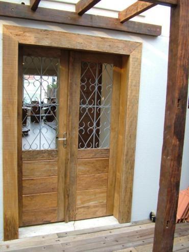 madeira de demolição é mais bonita por ser mais rústica