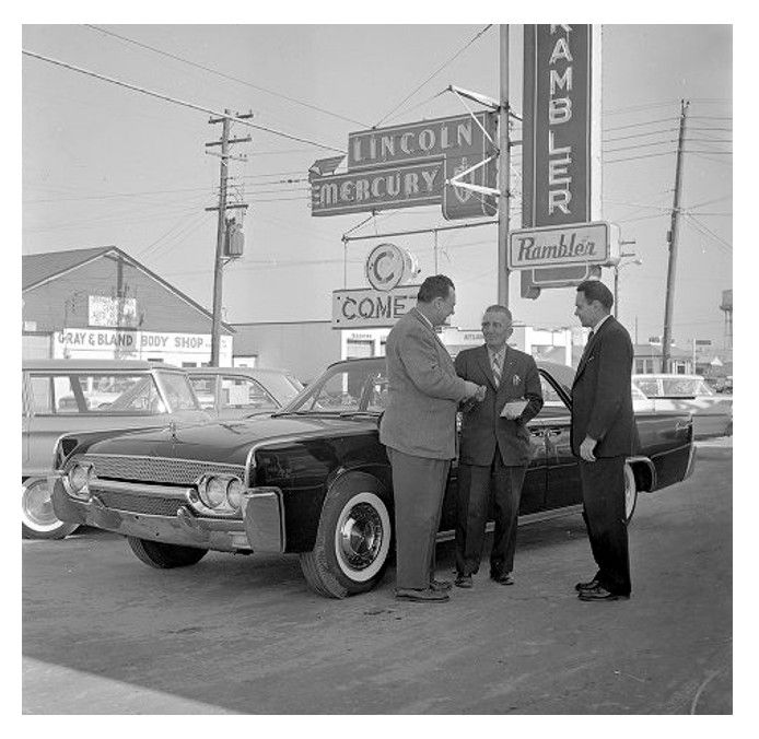 213 Best Vintage Car Dealership Images On Pinterest: 207 Best Images About Old Car Yards Gas Stations & Car