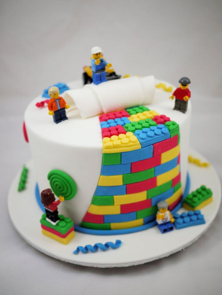 LOVE!!! this HAS to be his First Birthday cake! Lego birthday cake #Food #Lego