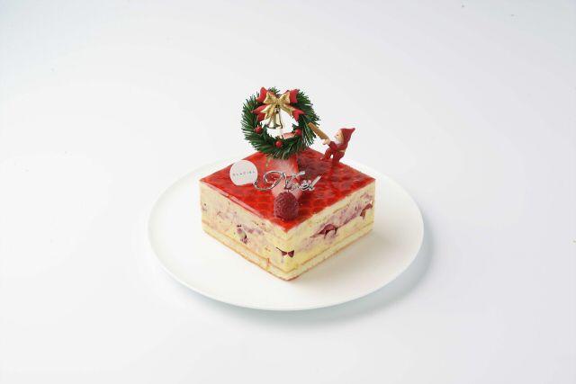 記事の間に挟んだ木苺の酸味が◎ -野いちごのデザート