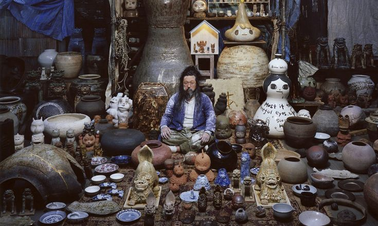 Takashi Murakami's Consideration on Contemporary Ceramics - http://www.myfrequent.com/takashi-murakamis-consideration-on-contemporary-ceramics/