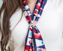 Prsteň na šatku a šál – motýľ s kvetom a perlami