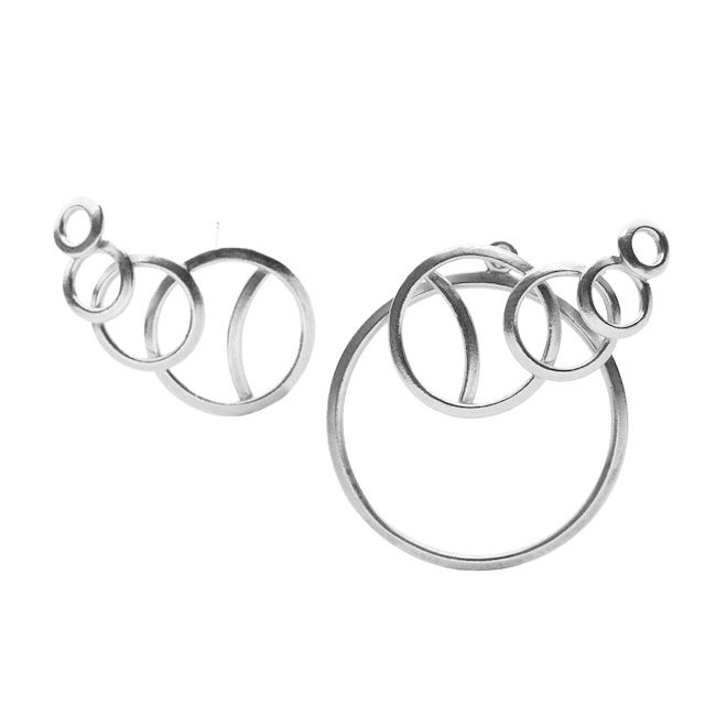 O5-Fusion... O5-Ear Studs and & Behind.... Beautiful darlings on the role for Christmas