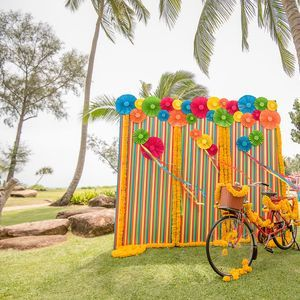photo wall - outdoor event- waterfront