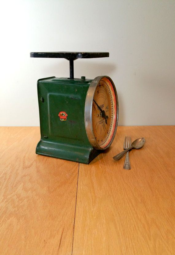 Vintage Kitchen Scale 1933 Green Rustic Farmhouse Utility Postal Scale  Country Store Decor Vintage Scales