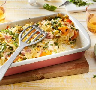 Quick ham noodle casserole with vegetables   – Lecker Essen & Rezepte
