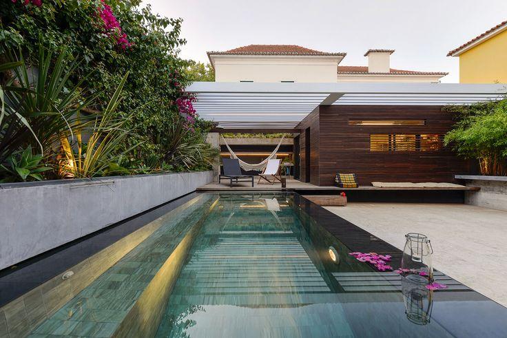 Galeria de Casa em Estoril / Ricardo Moreno Arquitectos - 1