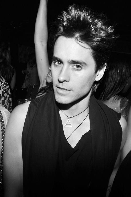 jared leto, joker, suicide squad, musician, actor, singer, 30 seconds to mars, echelon, blue eyes, attractive, hot, sexy, beautiful, man, guy, messy hair, black and white