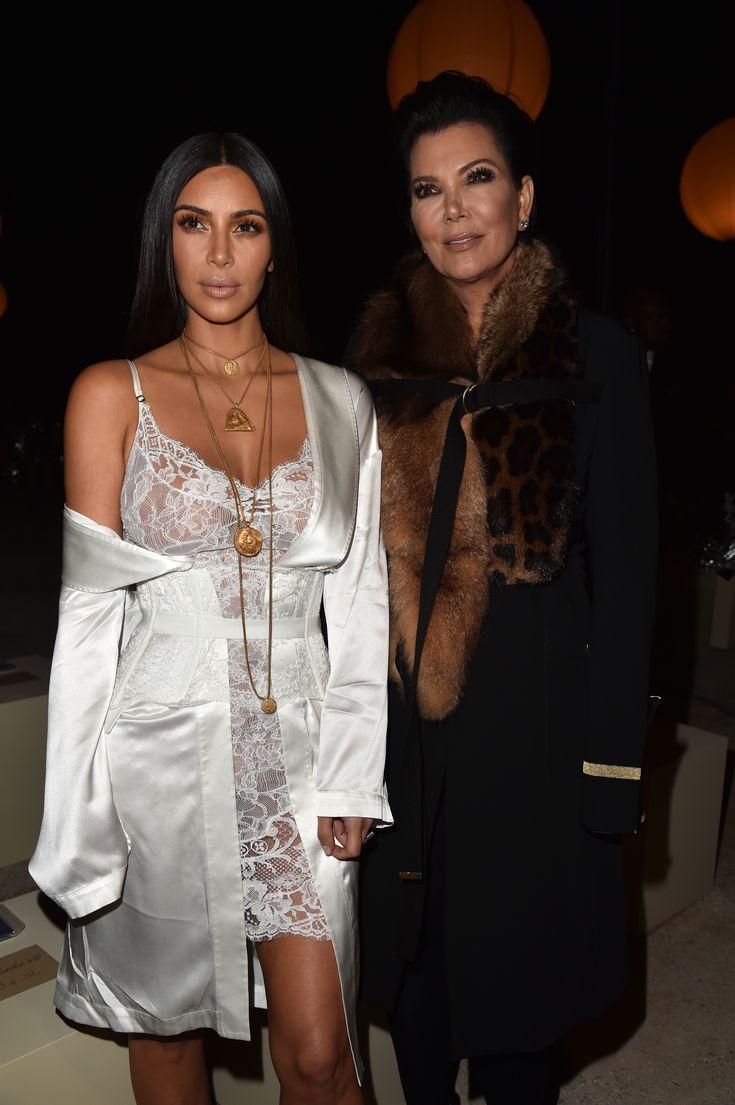 Sexy, curvilínea e cool: os 40 melhores looks de Kim Kardashian nas últimas temporadas