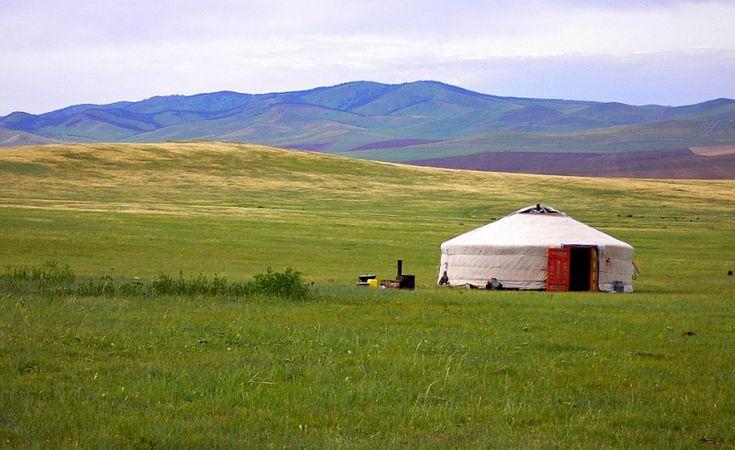 Я живу в Монголии первый год и уже успела всем сердцем полюбить эту страну!