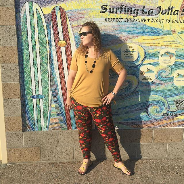 Not quite surfing attire but I'm in love with my new mustard #lularoeperfectt and #lularoe leggings #lajolla #lajollalocals #sandiegoconnection #sdlocals - posted by Sara Barrios  https://www.instagram.com/lularoesarabarrios. See more post on La Jolla at http://LaJollaLocals.com
