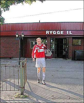 Tommy Brogård har 405 mål, eller høydepunkter som han sier, å se tilbake på i sin 14 årige karriere hos Rygge. Men i går scoret han ikke, noe som kan bety at hans kamerater må spille i 4. divisjon neste år.