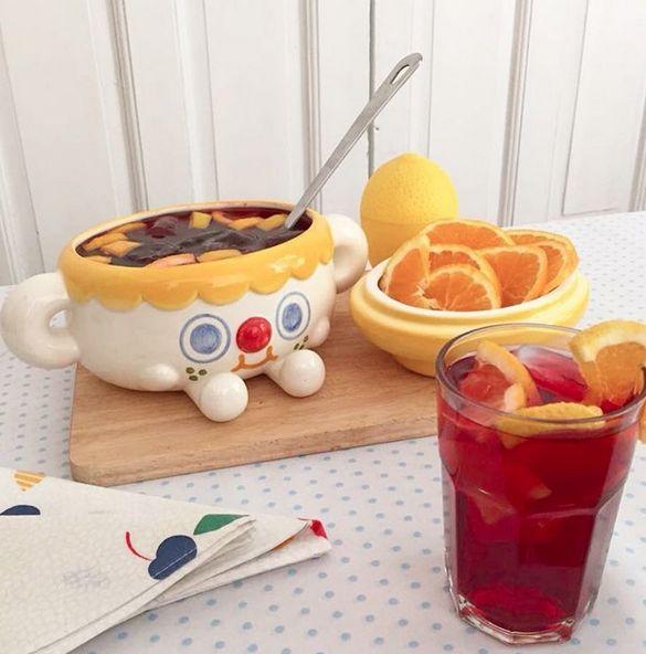 Cuqui, the Cookie Jar as a Sangria bowl!