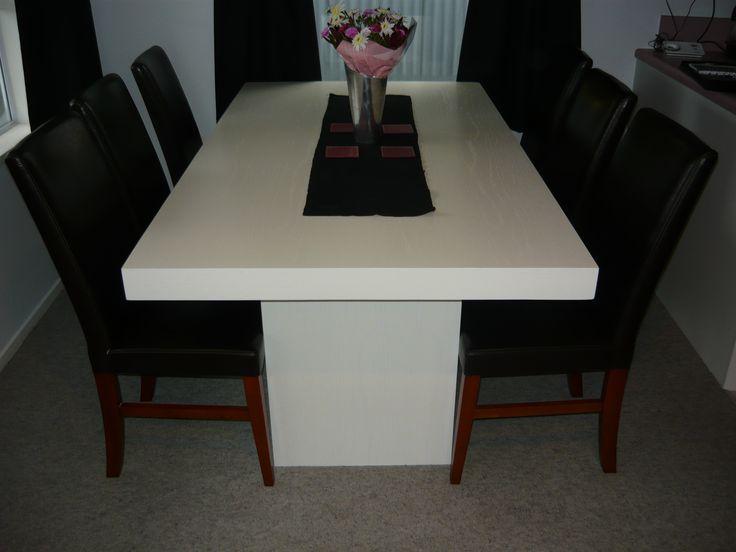 an elegant modern dinning room table