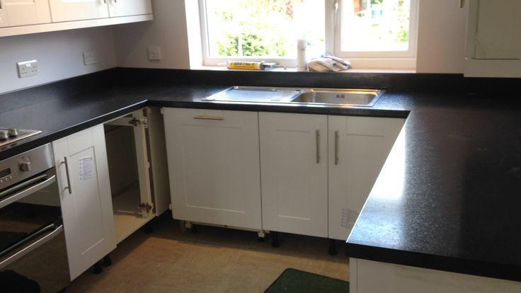 black laminate worktops with matching upstand  #kitchen worktops