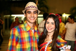 Provador Fashion: Roupas de São Joaão - Vestidos de quadrilha e Traje Masculino    Look: they match!