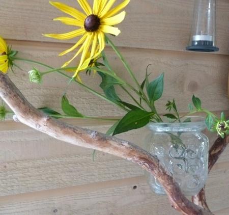 LOPPESALG! 70-talls vase i pressglass. Før kr.89 - NÅ KUN KR 40,-