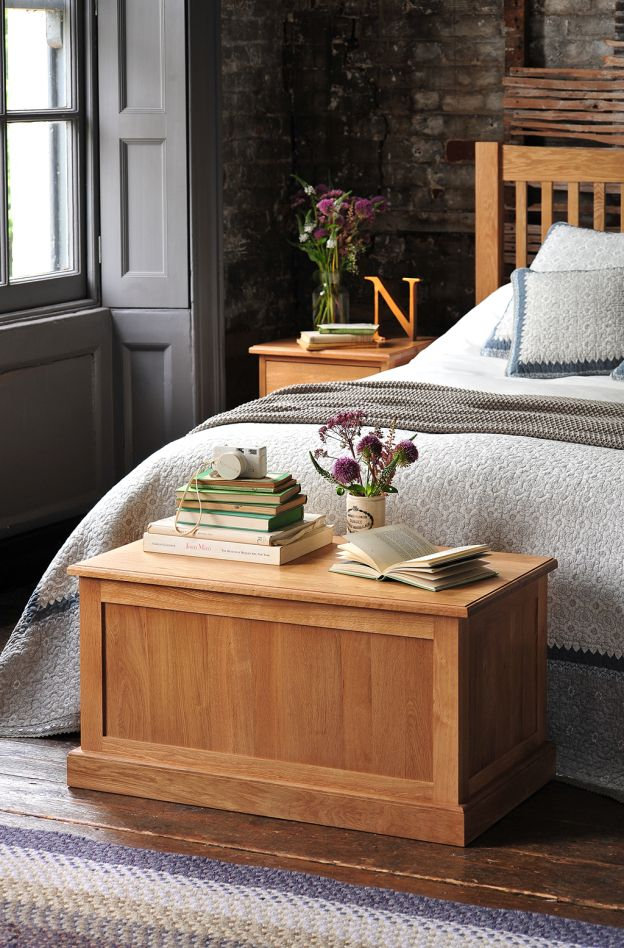 25 best ideas about blanket box on pinterest bed in a for Bedroom ideas oak furniture
