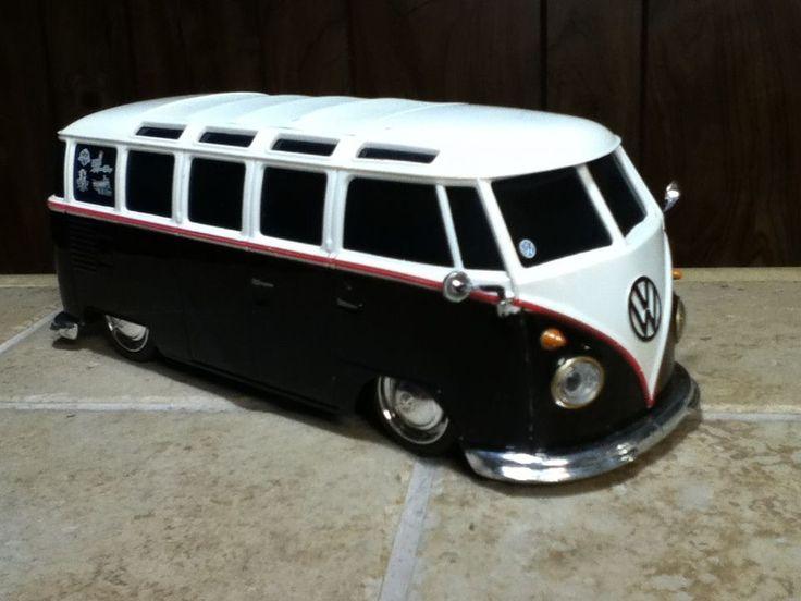 Maisto 50s VW Volkswagen Van Bus 27mhz  No remote . RC car Remote Control 1:24