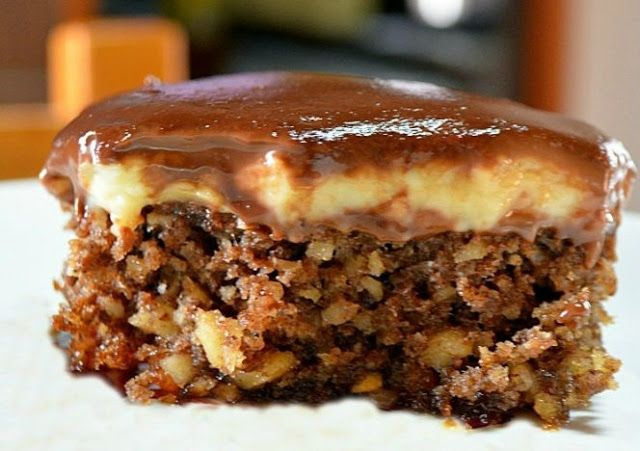 Κασιόπιτα με κρέμα και γλάσο σοκολάτας !!! ~ ΜΑΓΕΙΡΙΚΗ ΚΑΙ ΣΥΝΤΑΓΕΣ