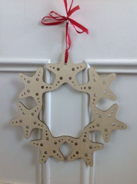 Summer Christmas Wreath - Starfish in FSC approved ply