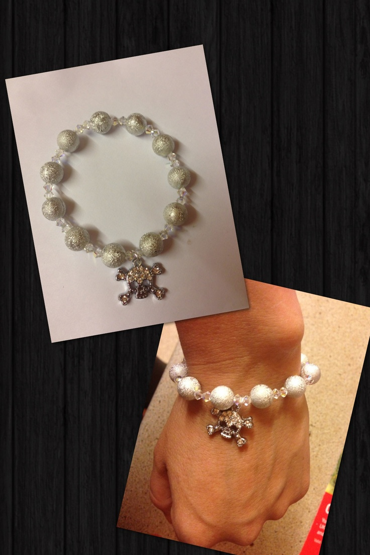 Brand new Swarovski bracelet made with genuine Swarovski beads £8 email info@sparklesbysam.co.uk to order xx