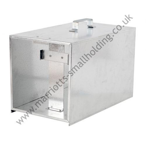 Battery Energizer Box for B60/B80/B180/B280/B700 - Gallagher Electric Fencing