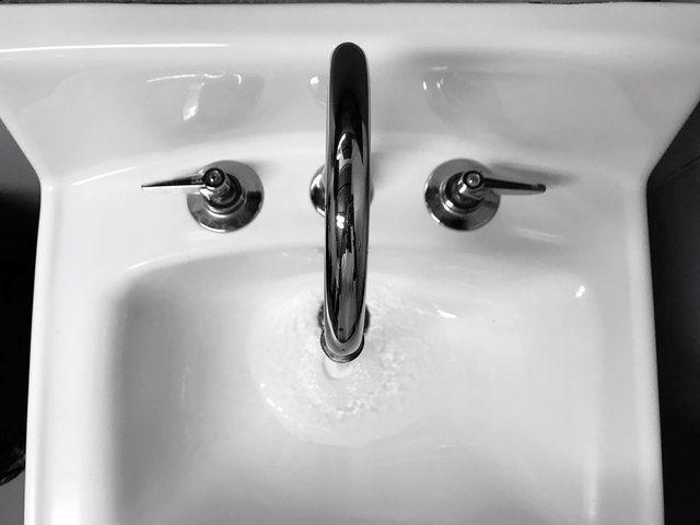 How To Dissolve Hair In A Bathroom Sink Trap Ehow Com In 2020 Sink Sink Drain Cleaner Clean Bathroom Sink