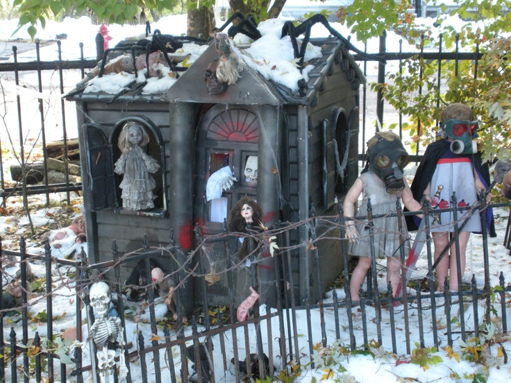 746 best general specific haunted attractions yards for Decoration jardin halloween