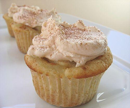 apple pie cupcakes.