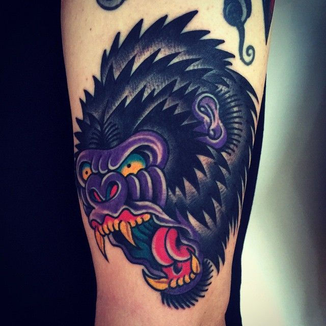 20 best new school tattoos gorilla face images on pinterest gorilla tattoo cool tattoos and. Black Bedroom Furniture Sets. Home Design Ideas