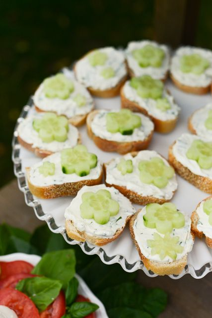 Cucumber flower sandwiches at a Mother's Day Party #mothersday #partyfood