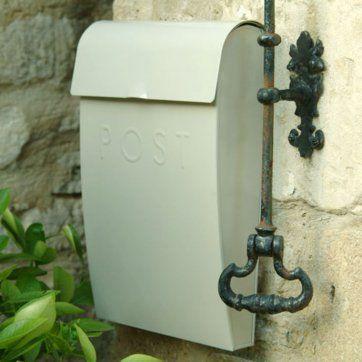 Front Door Furniture, door knockers, letter plates & door pulls