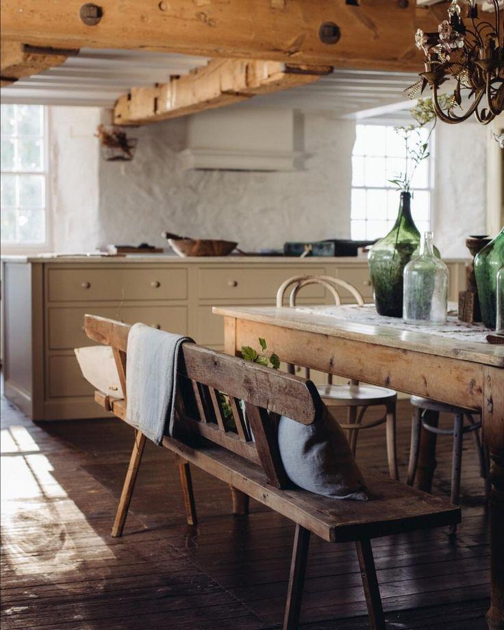 Mountain Home Dining Room Space For The Family Bauernhaus Kuchentische Deko Tisch Haus Deko