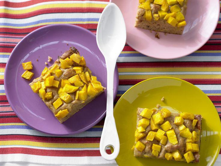Dattelkuchen mit Mango - Kindersnacks für viele - smarter - Kalorien: 161 Kcal - Zeit: 20 Min. | eatsmarter.de