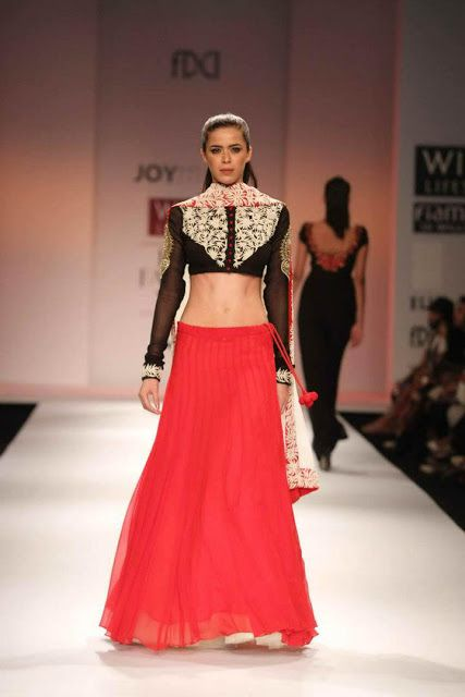 Scarlet Bindi - South Asian Fashion Blog by Neha Oberoi: Wills Lifestyle Fashion Week Spring/Summer 2013: Day 5