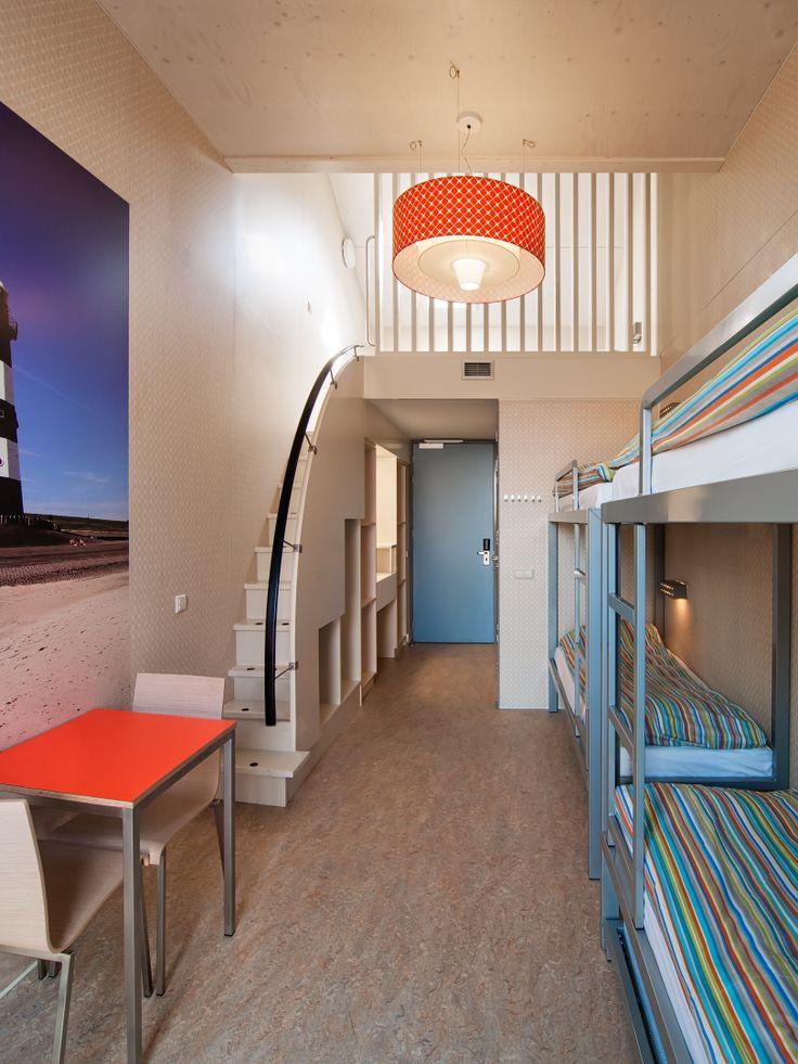 6 Bedded room @ Stayokay Egmond