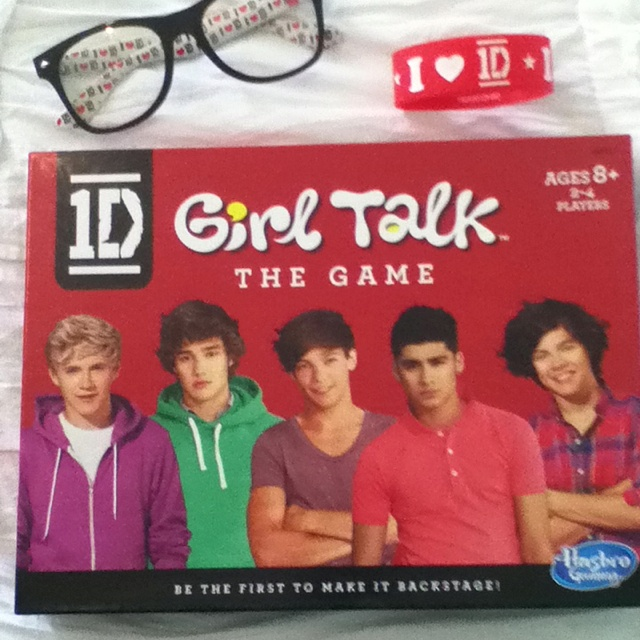 Score The One Direction Girl Talk Board Game!
