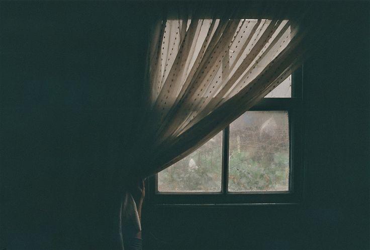 günışığı pencereden süzülür iken