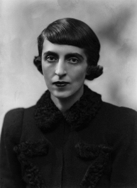 Cristina Casati Stampa di Soncino, Countess of Huntingdon - Cristina Casati Hastings - February, 1937 - Daughter of, Marchesa Luisa Casati - Photo by Bassano Ltd. - National Portrait Gallery, London - http://www.npg.org.uk/