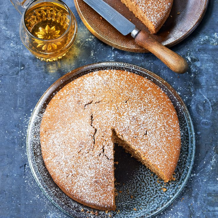 Paul Hollywood's cider cake is a teatime favourite. #paulhollywood #cidercake