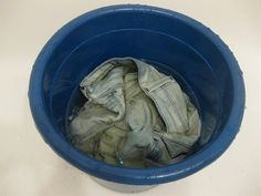 How to bleach jeans at home | #DIY #Fashion