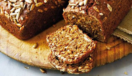 Low GI wholewheat bread - A quick-mix yeast bread that is rich in fibre and requires no kneading.