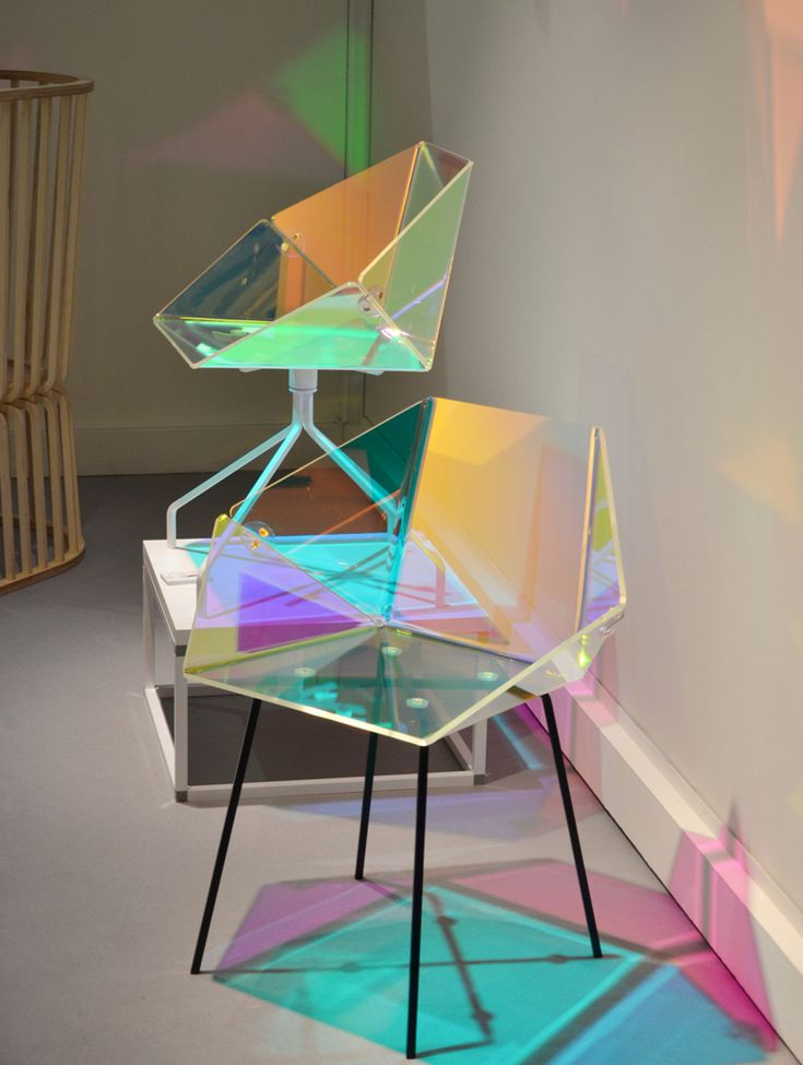 Elise Luttik - Prismania Chair   transparent material with dichroic film produced by 3M